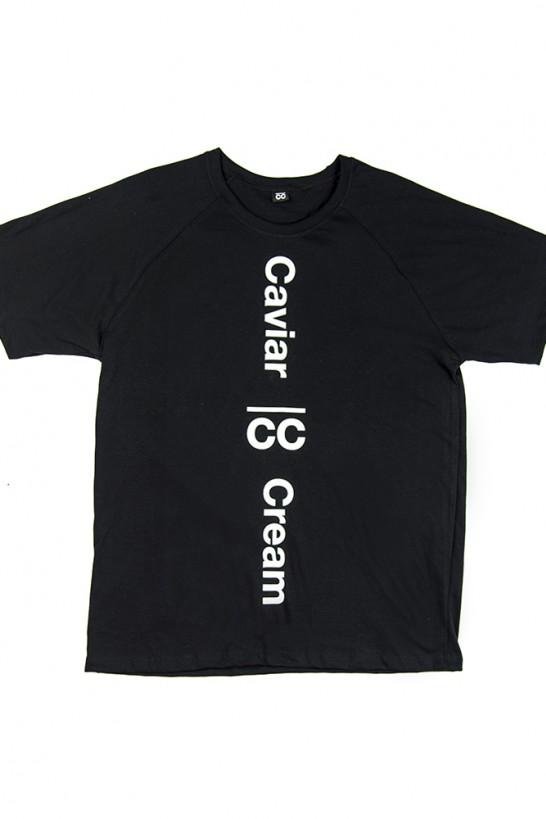 Black classic essential T-shirt  T-shirts